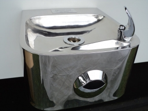 Sensor Activated Stainless Steel Wall Mounted Fountain F6OSS